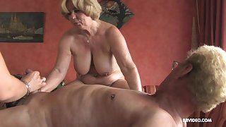 Anal orgy and creampies be fitting of mature blonde slutty MILF babes