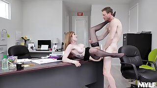 Ginger MILF Lauren Phillips gives up some pussy at a difficulty office