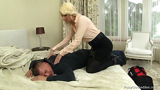 Blonde tie the knot Yenna in clothes fucked hard by her randy next door neighbor