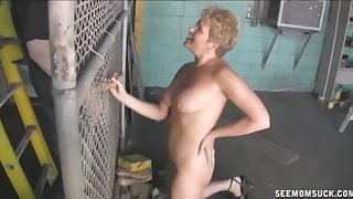 Hornt mature with short teem loves to have a go her mouth brim with cum