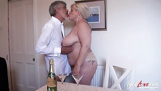 Huge mature lady concerning huge boobes and sexy curves got fucked hardcore way