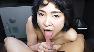 Ryo Hayakawa in Ryou Hayakawa Naughty Older Lady in Private Video Box - CasanovA