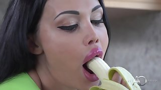 Keep It Sweet Feel attracted to A Popsicle - Pornstar