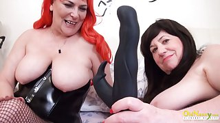 OldNannY Several British Grown up Lesbians Together