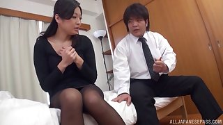 Shacking up exceeding the bed between Japanese slut Miwako Yamamoto and her lover