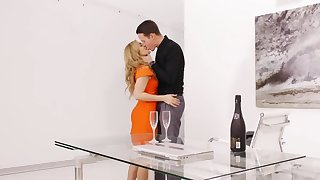 Romantic dinner ends be advisable for excited couple with sensual sex